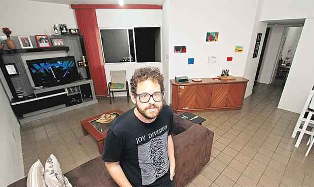 Bruno Nogueira encontrou em Olinda apartamento maior e com infraestrutura melhor do que na capital - Bruno Nogueira encontrou em Olinda apartamento maior e com infraestrutura melhor do que na capital (Roberto Ramos/DP/D.A Press)