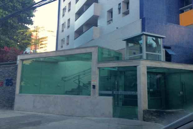 Condomínios antigos têm até dezembro para cumprir a lei  - Sarah Eleutério/DP/D.A Press