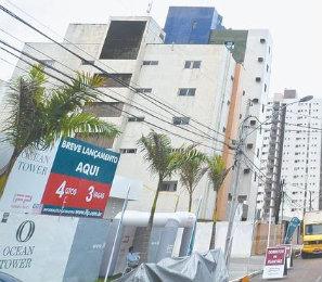 Mesmo em crise, há quem aproveite o momento para comprar imóvel mais em conta - João Veloso/ESP. DP/D.A PRESS
