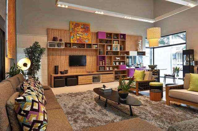 Loft pensado para um jovem contemporâneo integra de forma harmônica e moderna um grande living, sala de jantar e dormitório - Loft pensado para um jovem contemporâneo integra de forma harmônica e moderna um grande living, sala de jantar e dormitório (DIVULGAÇÃO/ Adriana Bellão)