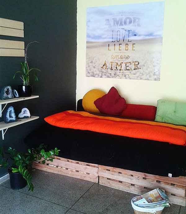 Uso das cores na parede, na roupa de cama, em quadros e em objetos de decoração contribui para aumentar o bem-estar - Uso das cores na parede, na roupa de cama, em quadros e em objetos de decoração contribui para aumentar o bem-estar (Arquivo Pessoal/Divulgação)