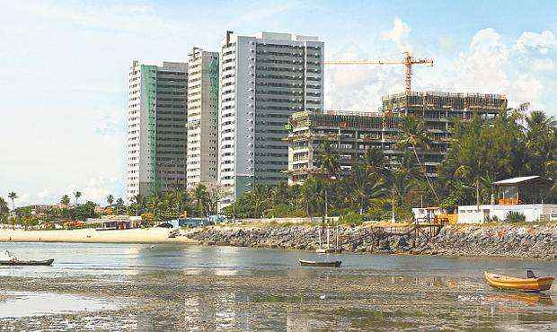 Em janeiro foram ofertadas 140 unidades, onde 131 foram apartamentos de três quartos - Em janeiro foram ofertadas 140 unidades, onde 131 foram apartamentos de três quartos (JULIO JACOBINA/DP/D.A PRESS)