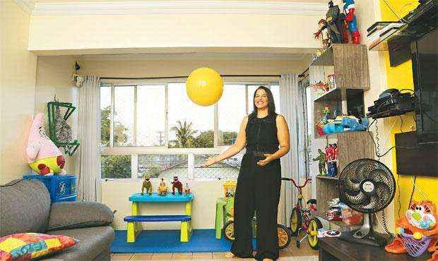 Com a reforma, a varanda do apartamento de Fabiana acabou se transformando em uma brinquedoteca - Com a reforma, a varanda do apartamento de Fabiana acabou se transformando em uma brinquedoteca (IVAN MELO/ESP. DP/D.A PRESS)