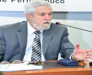 A medida propicia tranquilidade ao vendedor do imóvel, diz Fernando Cunha  - Ademi/Divulgação