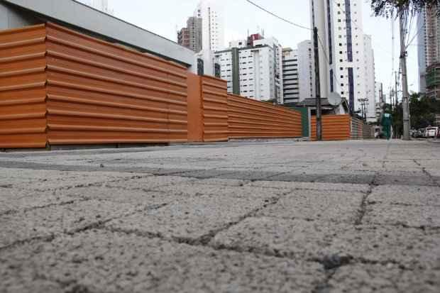 Estrutura é ideal para áreas externas como calçadas e beiras de piscinas - Raquel Melo/Divulgação